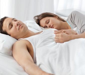 Sleeping-Couple